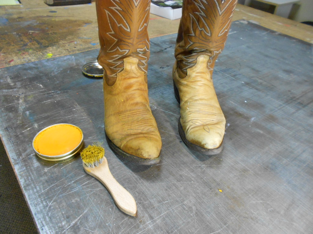 how to clean cowboy boots 3